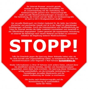 51_2007-00-00_Zensursula_Stopschild_gegen_Kinderpornografie